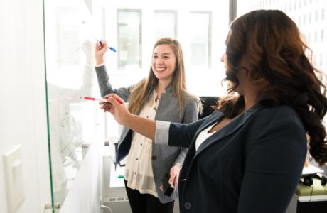 vrouwen-kantoor-plezier-werk